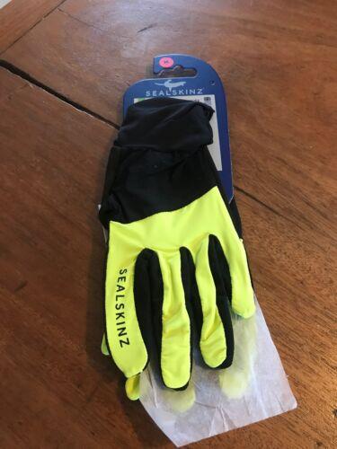 sealskinz gloves medium