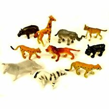 Pack of 30 Mini Plastic Jungle Animal Toys - Childrens Pocket Money Toys Fillers
