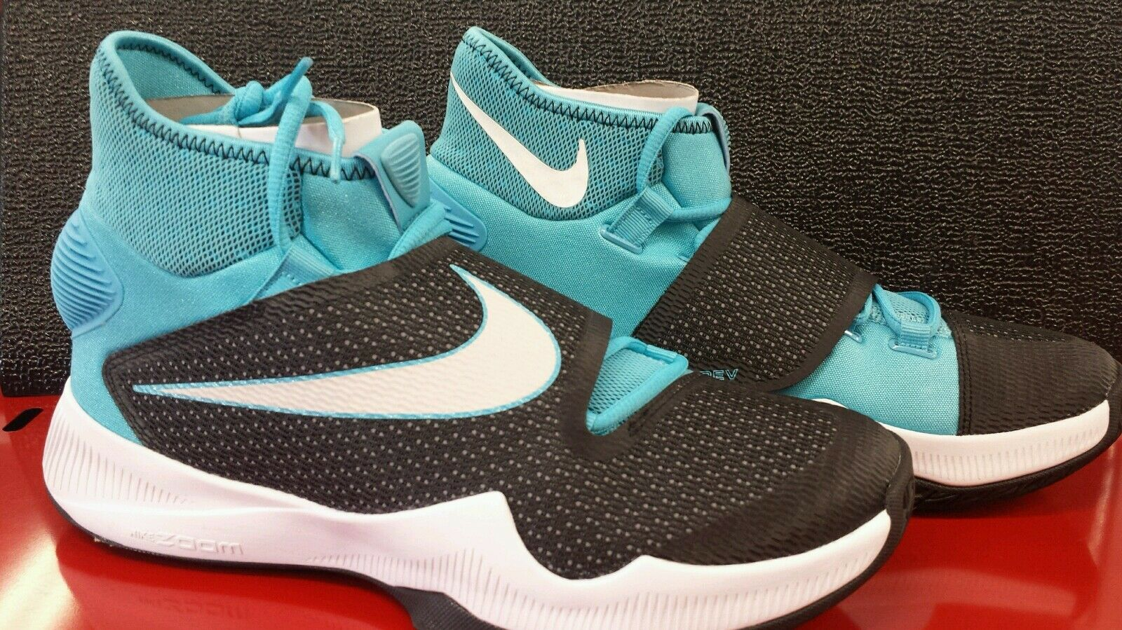 Nike Zoom Hyperrev 2016 EP Mens Basketball shoes Sneakers Size 9.5