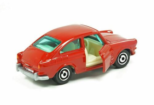 MOVING PARTS OVP//MOC MATCHBOX VW 1600 TL 1965 TYPE 3 FASTBACK USA