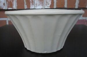 Vintage-McCoy-USA-Econoline-Pottery-Ivory-White-Flower-Planter-Pot-502-6-5-034
