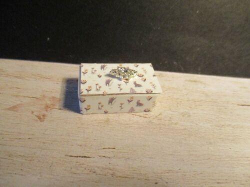Casa De Muñecas en Miniatura de caja de la baratija bn24