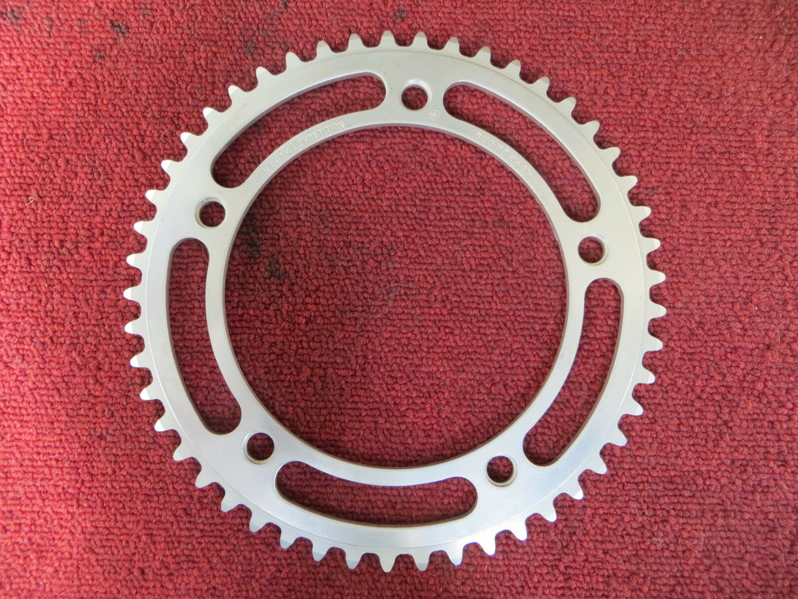 Sugino Mighty Competition 151BCD 1 8   NJS Chainring 49T Pista (17110711)