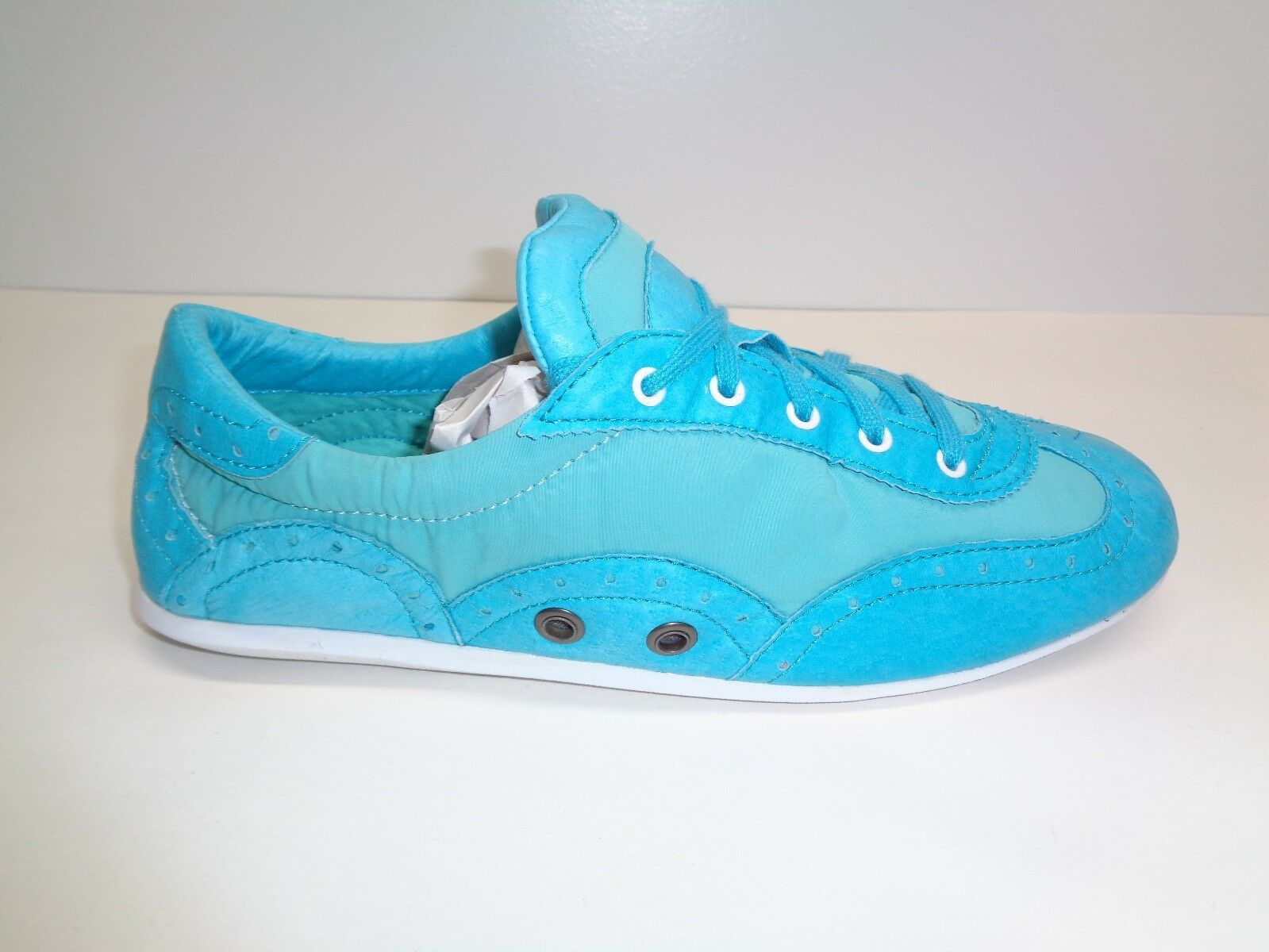 Volatile Kicks Size 10 BANGIN Turquoise Leather Sneakers New Womens Shoes