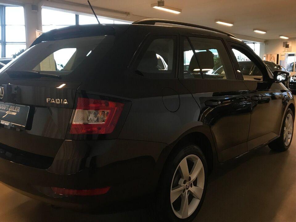 Skoda Fabia 1,0 TSi 95 Style Combi Benzin modelår 2020 km