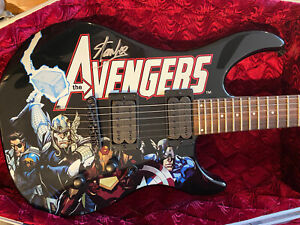 STAN-LEE-signed-Peavey-Avengers-Marvel-Guitar-with-Certificate-Of-Authenticity