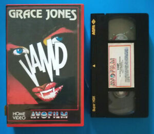 VHS-Film-Ita-Commedia-Horror-VAMP-grace-jones-avofilm-no-dvd-cd-lp-mc-V16