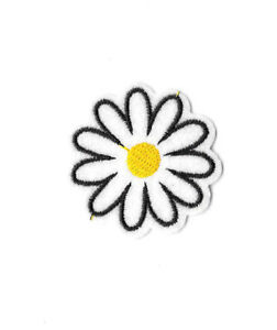 WHITE-DAISY-Iron-on-Sew-on-Patch-Embroidered-Badge-Motif-Flower-Floral-PT339