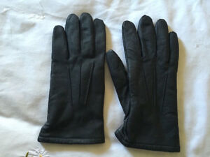 Vintage-Black-Leather-Fleece-Lined-Gloves-Size-Small
