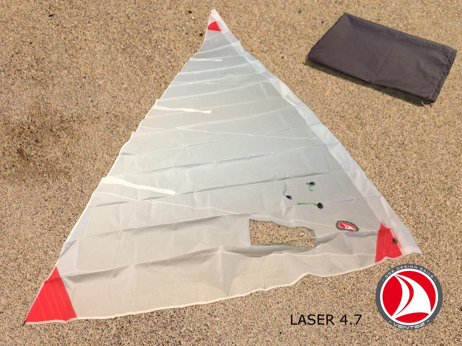 Ventoz Laser Segel (4,7 m2) - Roten Flecken