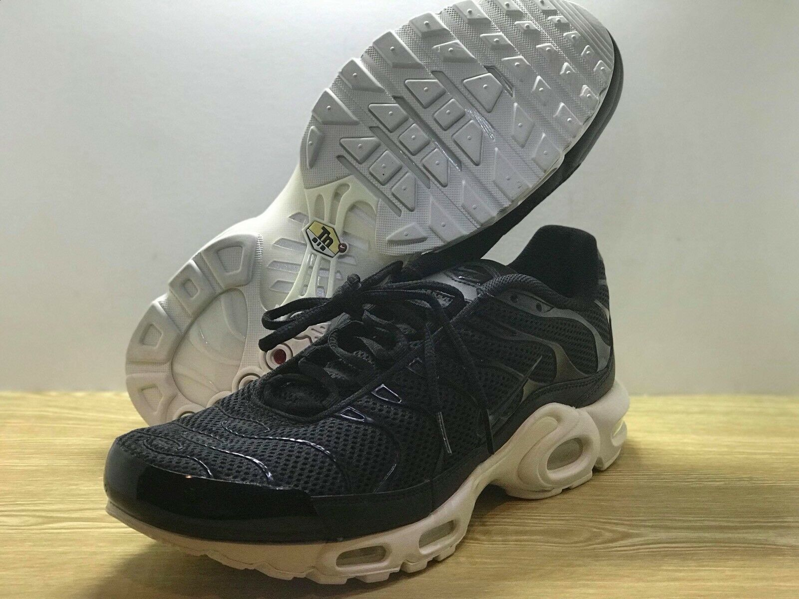 Nike Airmax Plus BR TN Air - Black White (898014-001) Size 12 Mens