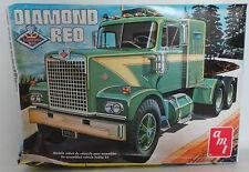 Kit de modelo de vehículos: Diamond Reo hecha por Amt Escala 1:25