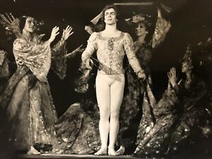 Rudolf-Noureev-1969-Stills-Photo-d-Art-Grand-Format-Danseur-Danse-Photographie-4
