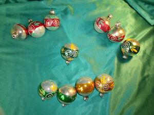 11-alte-Christbaumkugeln-Glas-silber-rot-gruen-gold-Streifen-Weihnachtskugeln-CBS