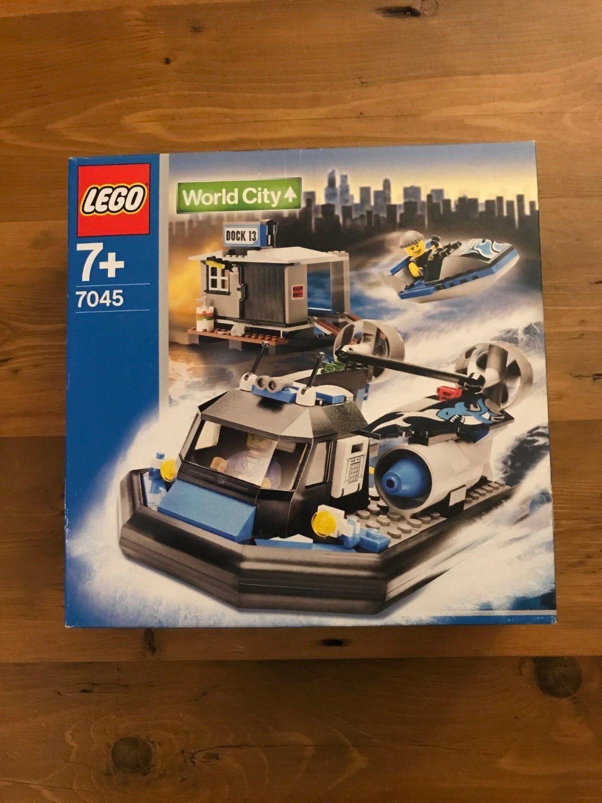 LEGO 7045 World City Hovercraft Hideout