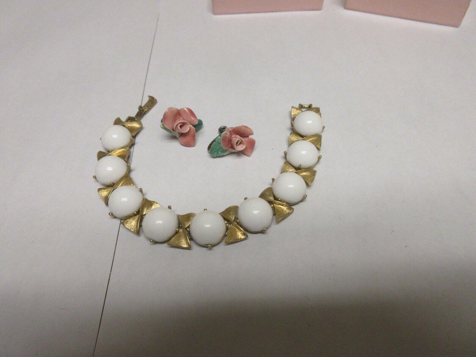 "Costume Jewelry ,Vintage , 7"" , Earrings (Flower) 1/2"""