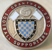 GRANTHAM FC Vintage 1940s 50s SUPPORTERS CLUB Badge Maker W.O LEWIS 26mm x 26mm