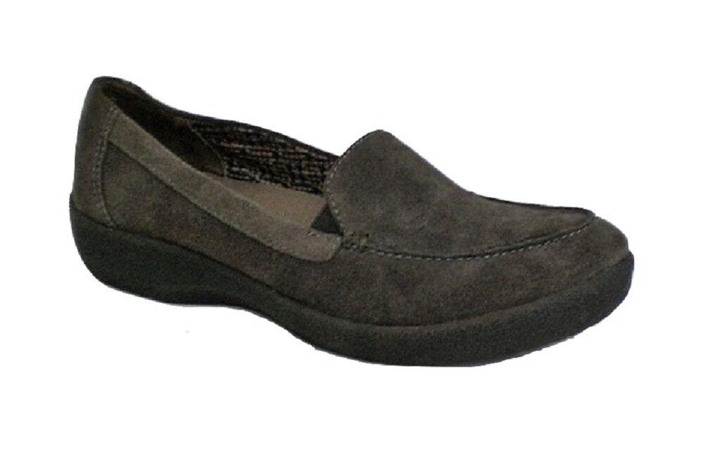 Easy Spirit Warwick loafer olive suede leather 5.5 Med