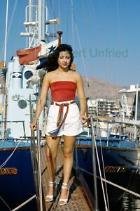 Vicky-Leandros-on-A-Boat-Photo-20-X-30-CM-Without-Autograph-Nr-2-84