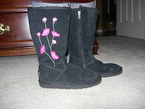 Pair Black \u0026 Pink Boots by UGGS Size