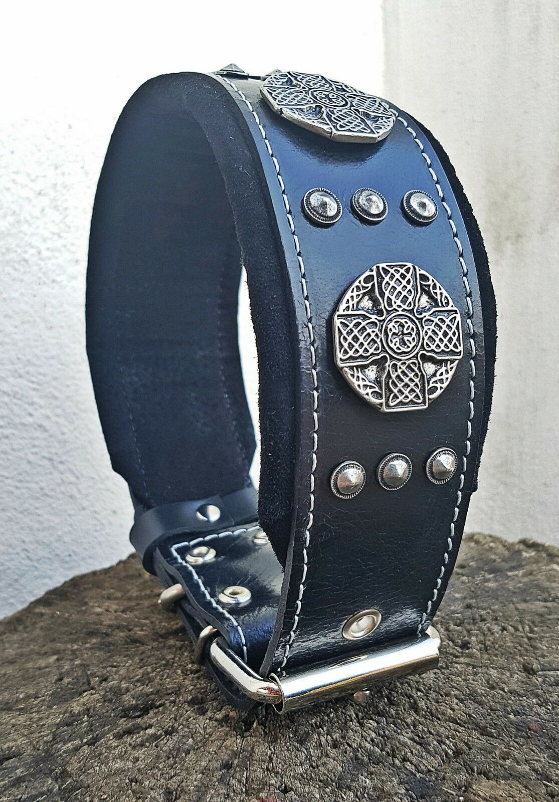 Bestia  Maximus  leather dog collar. Large breeds only. 2.5 `` wide