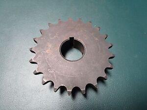"TSUBAKI Sprocket 5021 X 7//8/"" Bore,50 Chain,21 Teeth 40BS20HT"