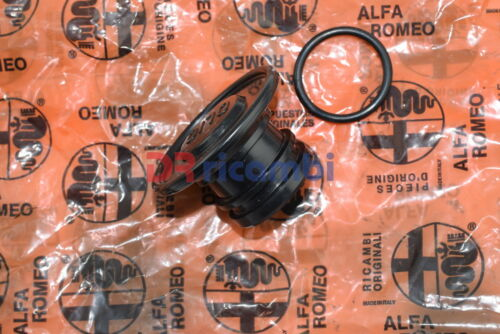 TAPPO INTRODUZIONE OLIO MOTORE ALFA ROMEO 33-145 ALFA SUD  ALFA 605032 146