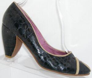 Faryl Robin Anthropologie black animal print retro peep toe slip on heels 9M