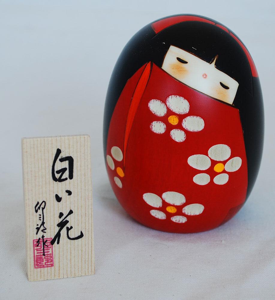 Japanese Kokeshi Doll - Handmade in Japan - Shiroihana - Weiß Flower