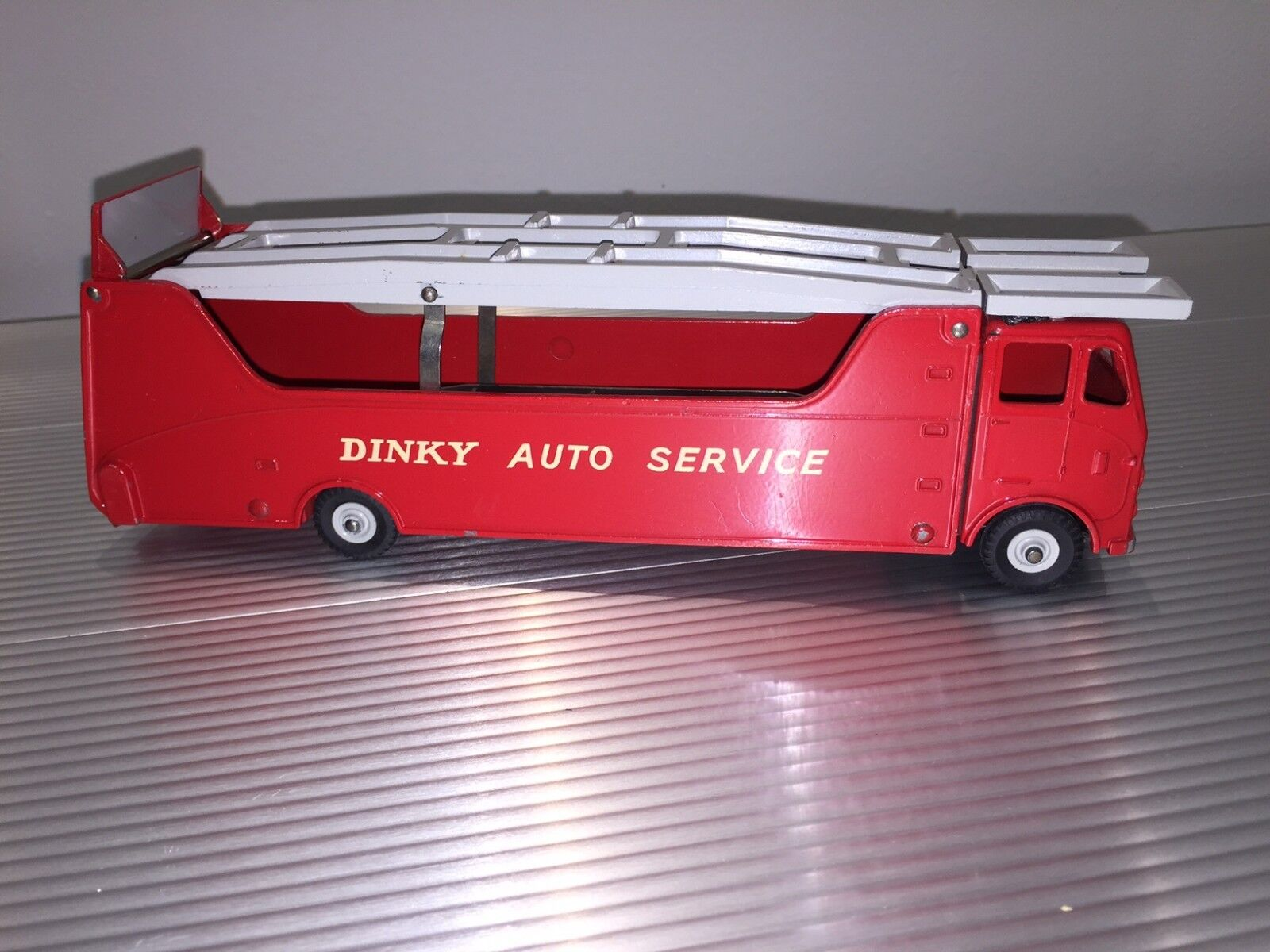 Vintage Dinky Supertoys MIB Dinky Auto Service Car Carrier No. 984