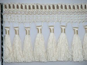 "2 1//2/"" Unique Tassel Fringe Trim Ball Bead Ivory Per Yard"