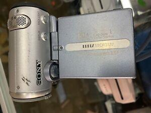 Sony-Handycam-DCR-IP5-Micro-MV-W-Case