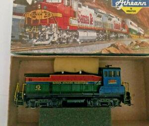 HO-scale-Athearn-SW-1500-River-City-Rambler-Diesel-Locomotive-Custom-Paint-RARE