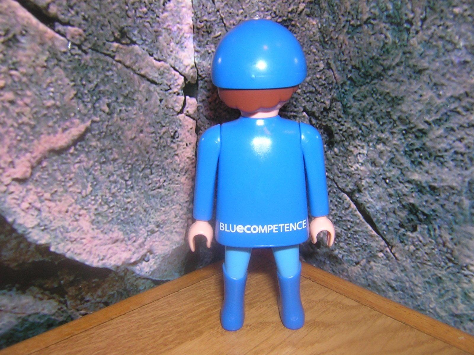 ( A A A 3   2 ) Promo Figur blueECOMPETENCE Werbefigur Sonderfigur Give Away K-Messe f7bb90
