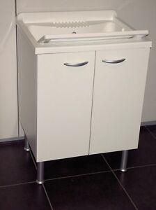 Mobile lavanderia bagno 60x60 armadio ante bianco lavatoio for Armadio bagno bianco