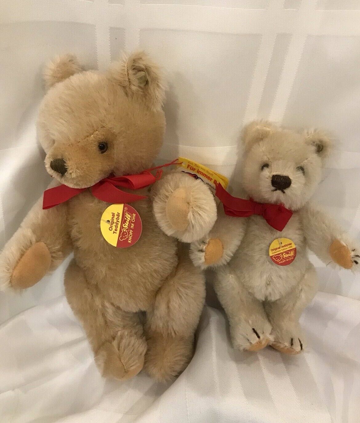 """STEIFF BEARS LOT Of 2,   Collectors Edition 1982 6"""" And A Blond 9"""""""