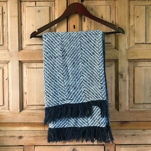 Penobscot Weavers of Maine Blue and White Throw Blanket Cozy GUC