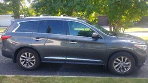 Infiniti JX35 AWD Fully Loaded 7 Pass SUV Navigation, Leather