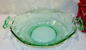 Green-Depression-Glass-Etched-Notched-Octagon-Candy-Dish