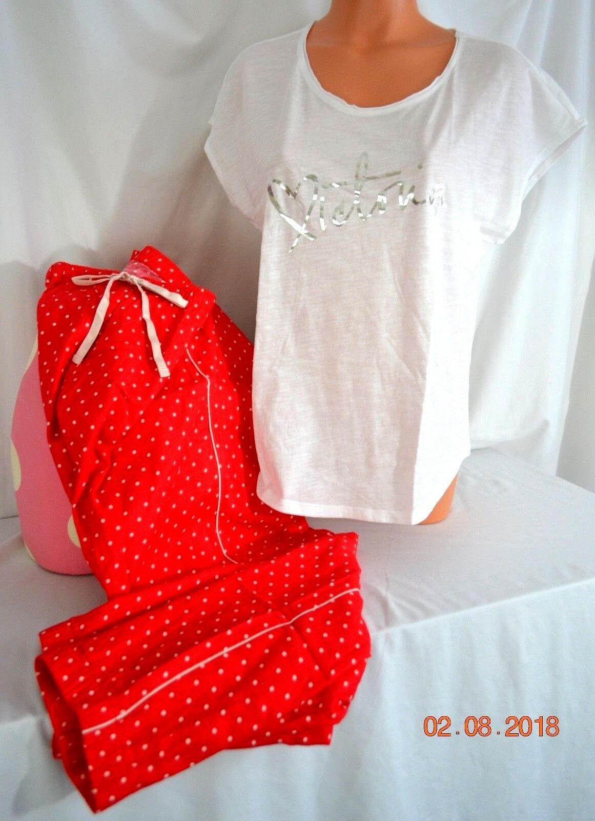 Victorias Secret  Red Dot Flannel JOGGER Tee Pajama Set Pajamas NWT S
