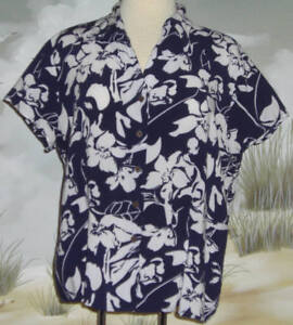Joanna-Hawaiian-Shirt-Navy-Blue-White-Tropical-Flowers-Vines-Leaves-Size-XL