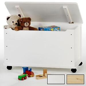spielzeugtruhe kiste kinderzimmer holz rollen kiefer massiv weiss mit stauraum. Black Bedroom Furniture Sets. Home Design Ideas