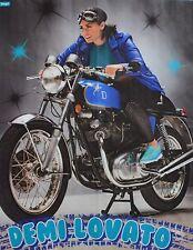 DEMI LOVATO - A2 Poster (XL - 42 x 55 cm) - Clippings Fan Sammlung NEU