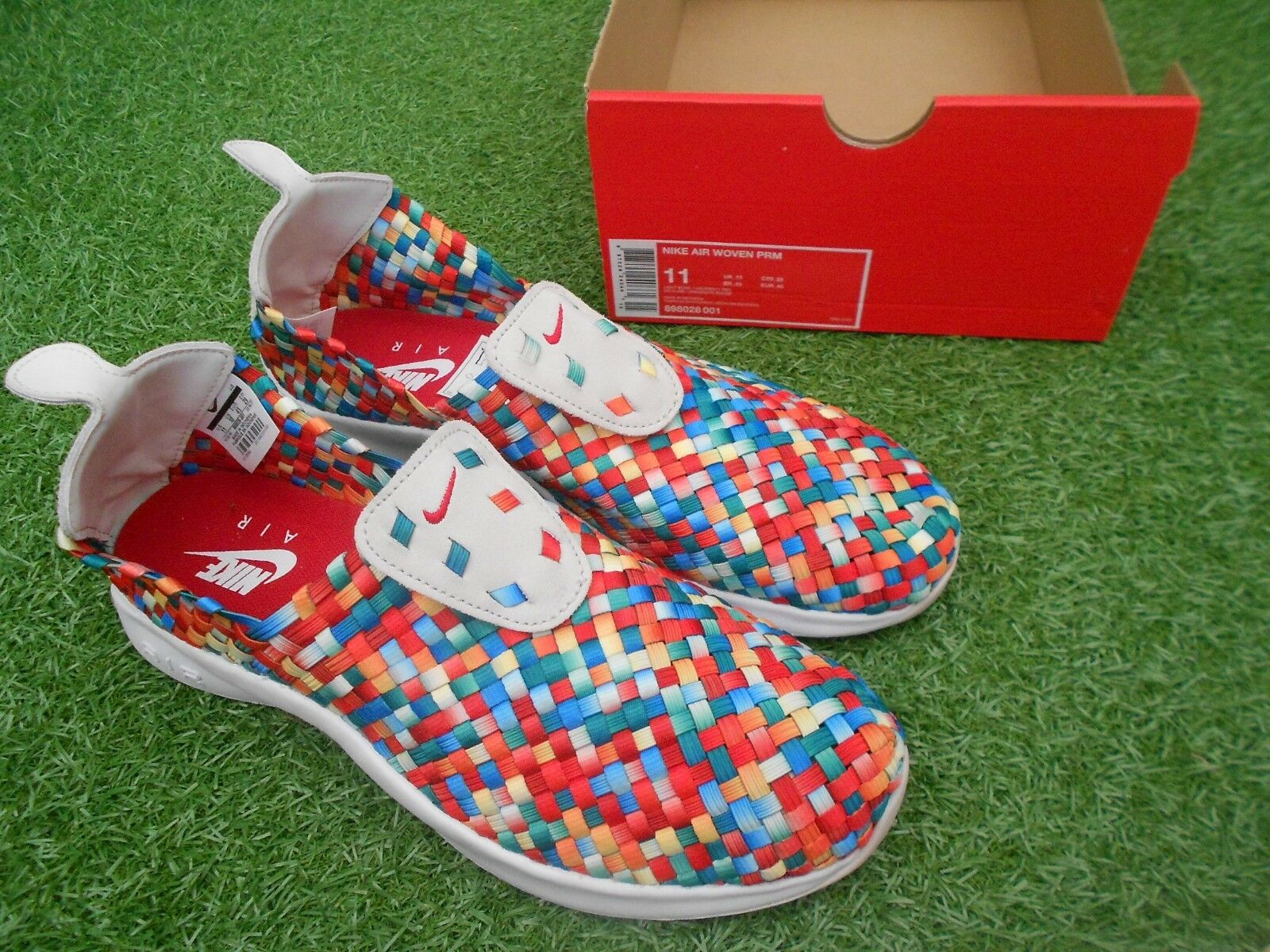 BNWoB  NIKE  AIR WOVEN PRM -  UK SIZE 10 - MIXED COLOURS  authentic