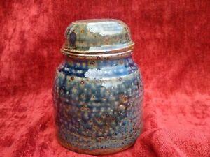 Rare-vase-ceramique-boite-couvercle-en-gres-a-coulures-signee-La-Borne-vernisse