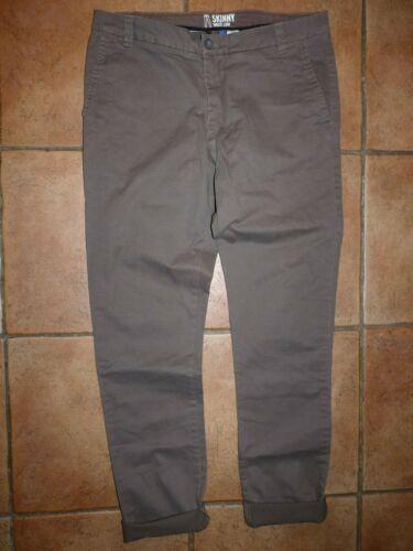 H/&M Skinny Fit Chino Gr.32 oliv khaki *NEU* ohne Etikett
