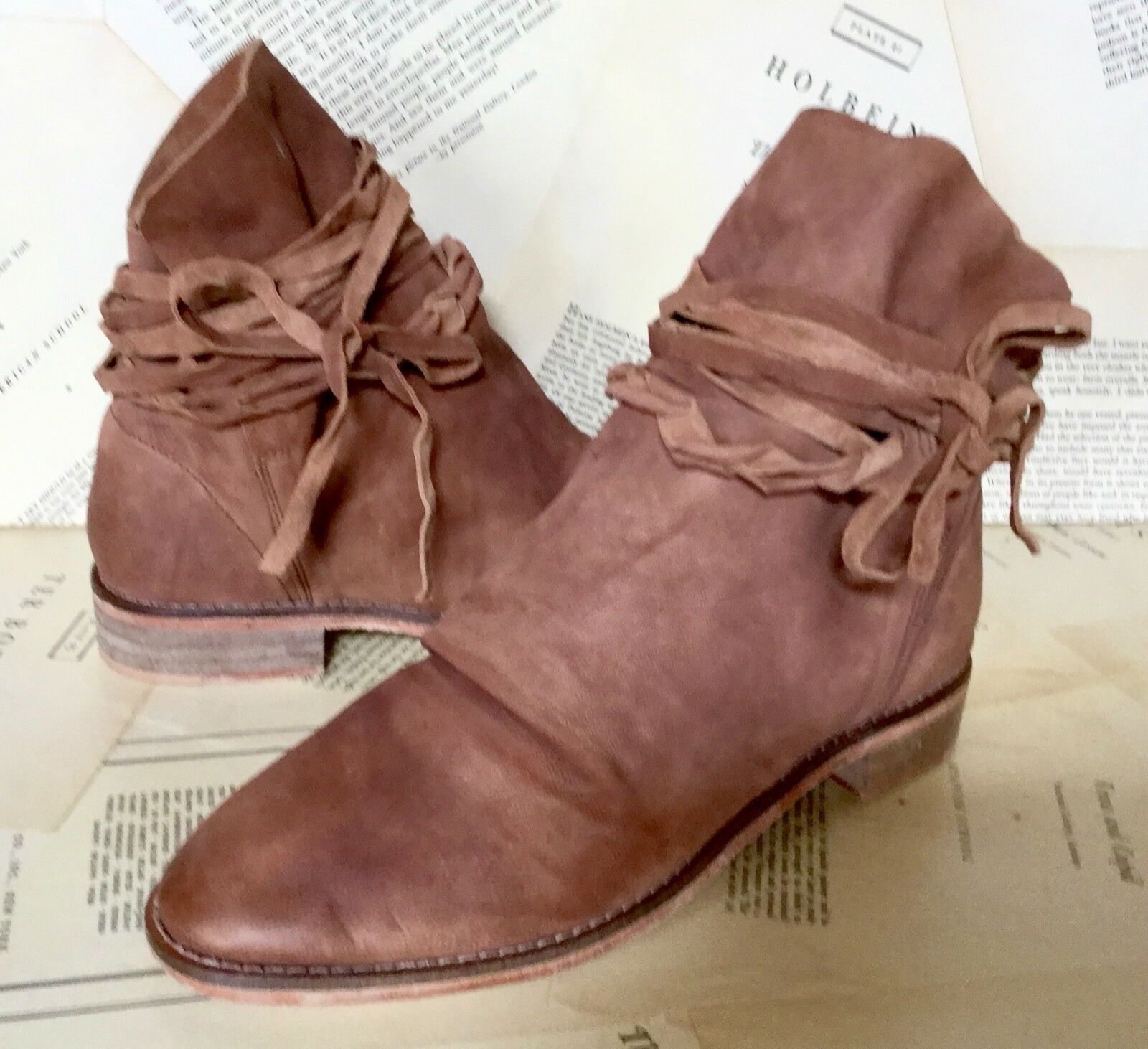 NEW Free People light brown Distressed Distressed Distressed Washed Leather Ankle Tie Wrap Boot 40  9 6d6c9c