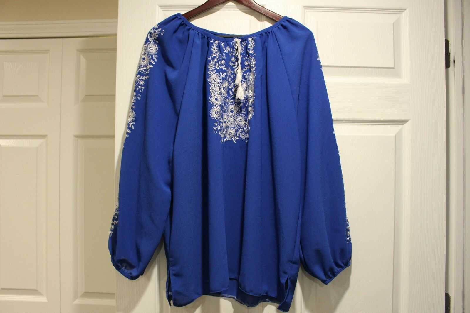 Embroidered women's shirt size L-XL