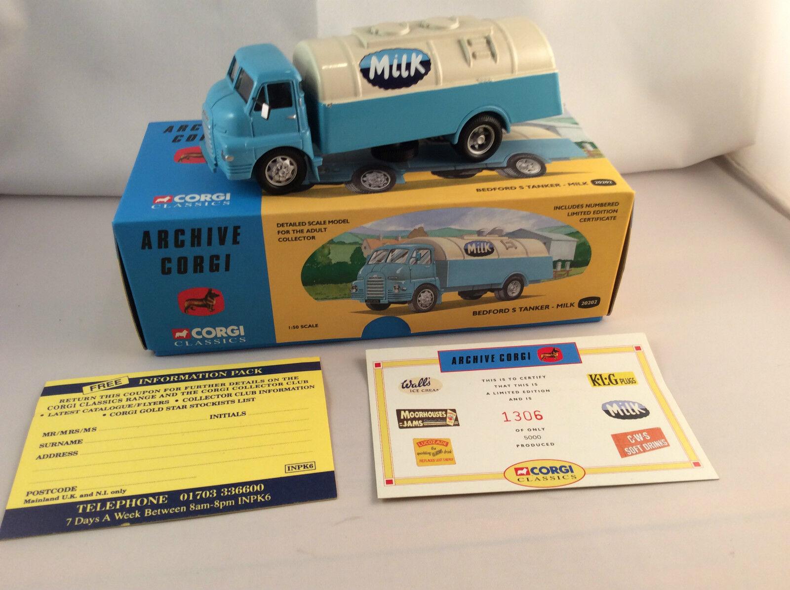 Corgi Toys Classics Bedford S Tanker Milk ovp