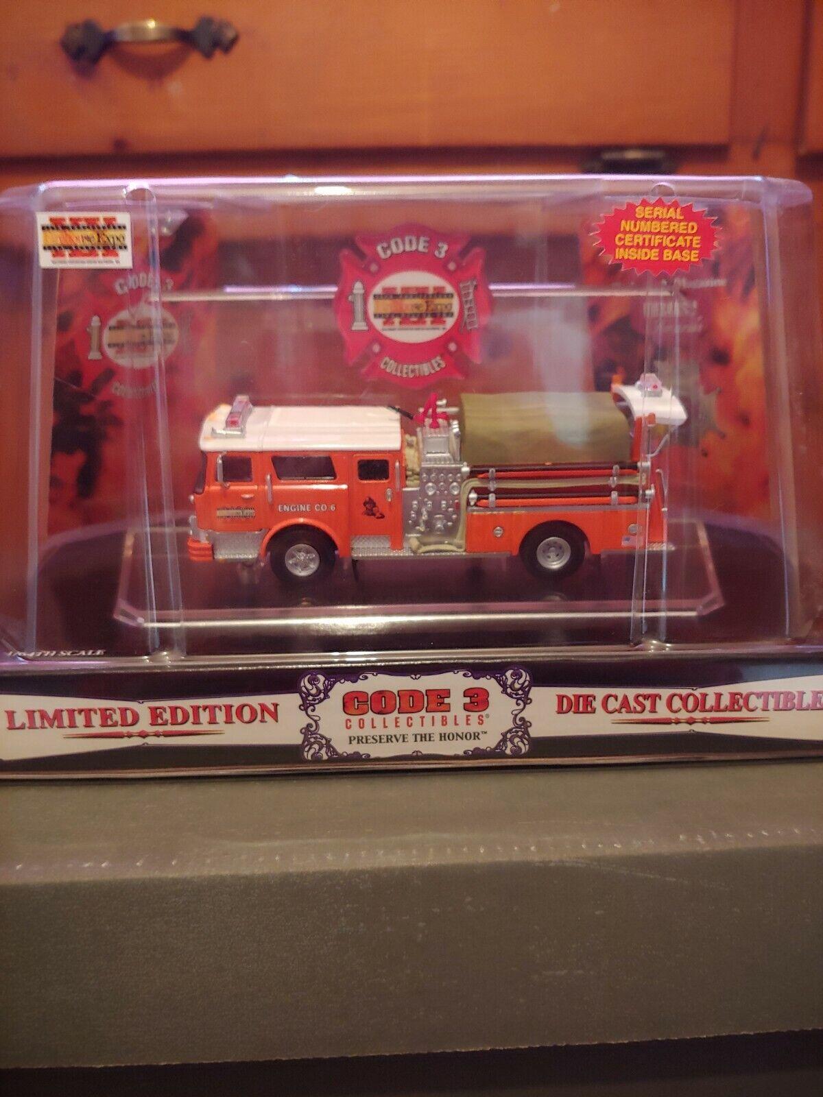 Code 3 Firehouse Expo 2003 Mack CF Pumper (12376)